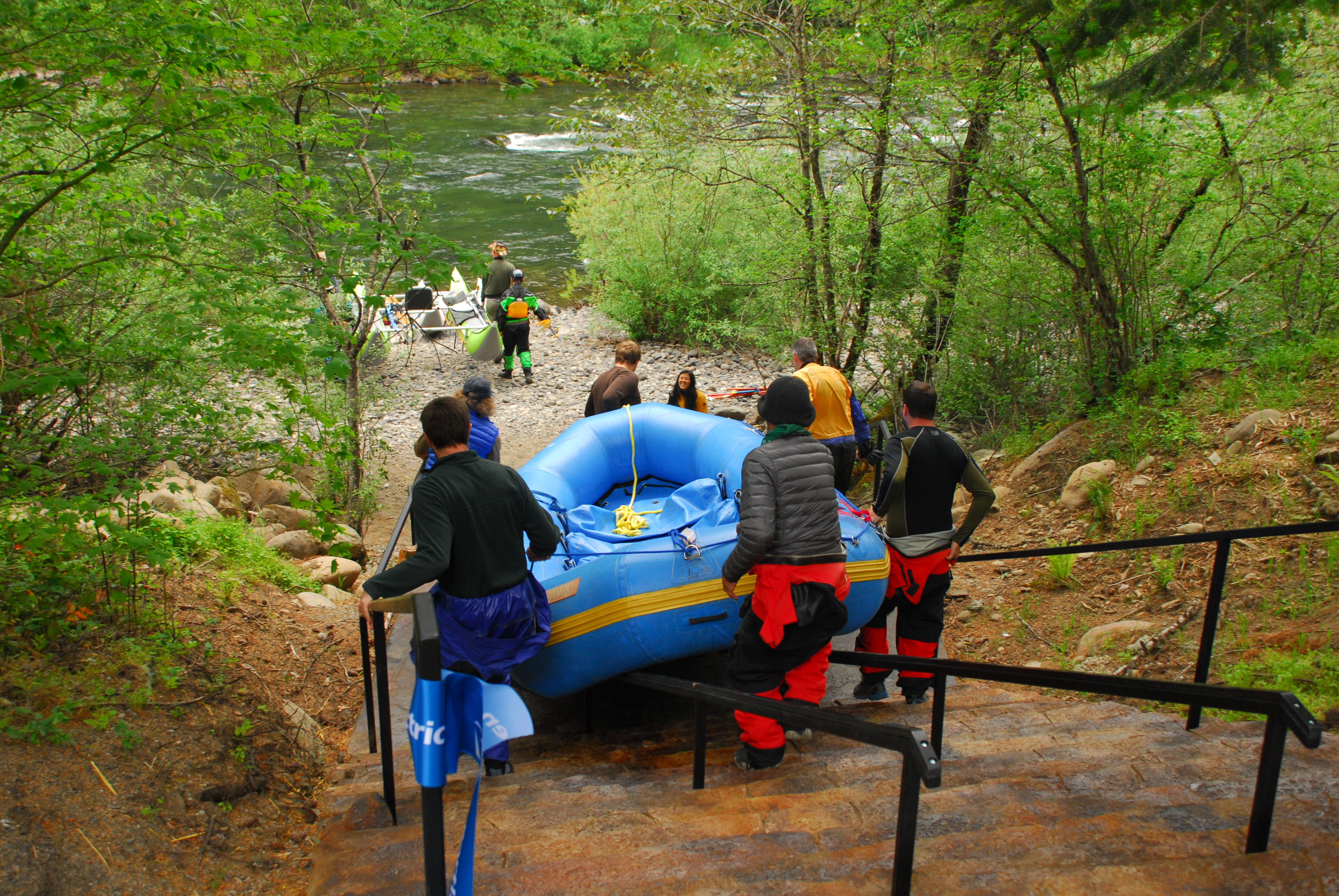 The two sets of rails at Hole in the Wall Launch on the Clackamas River in Oregon provide flexibility for inflatable launches.